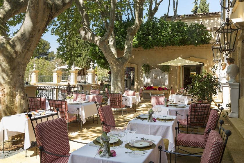 Restaurant In Aix-en Provence Stock Image - Image of table