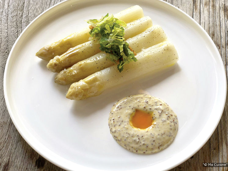 White asparagus with Fallot whole grain mustard sauce. (Credit: Ma Cuisine)