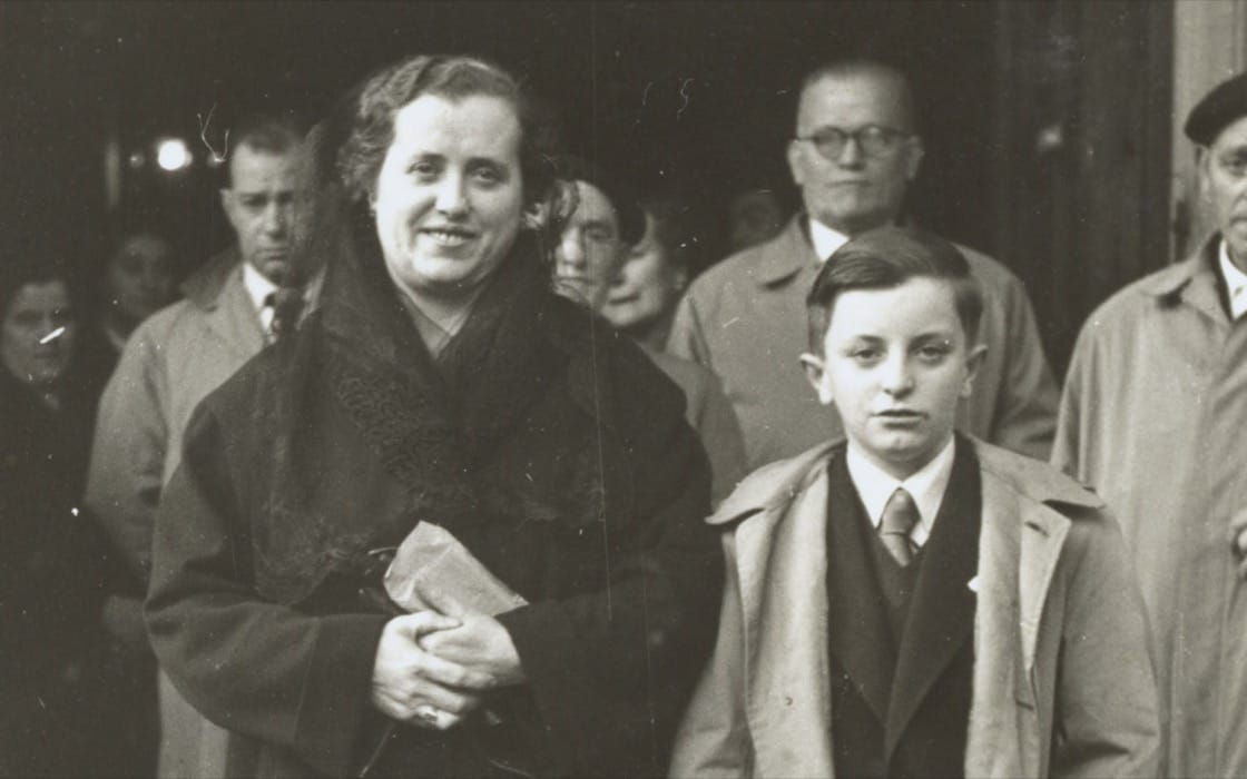 Juan Mari Arzak as a young boy next to his mother 'Paquita'