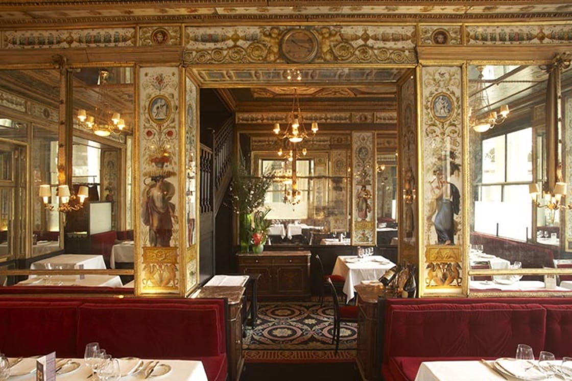 The opulent dining room of Le Grand Véfour