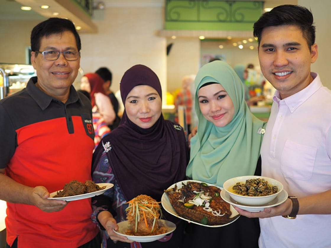 The family behind the business. From left: Mr Didih Ibrahim (Dad), Madam Mahiran Abdul Rahman (mum, founder), Maria Didih (daughter), Ismail Didih (son)