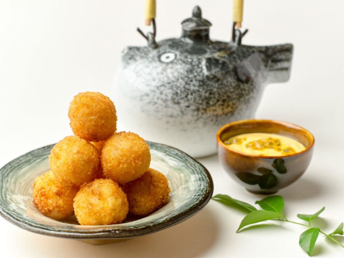 Deep-fried Pufferfish and Longan Ball with Passionfruit Sauce - hires.jpg