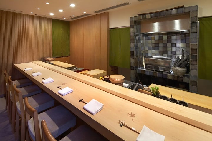 "The sushi bar is an ""open"" concept and is definitely one the best ways to present omotenashi. (Photo: Sushi Shikon)"