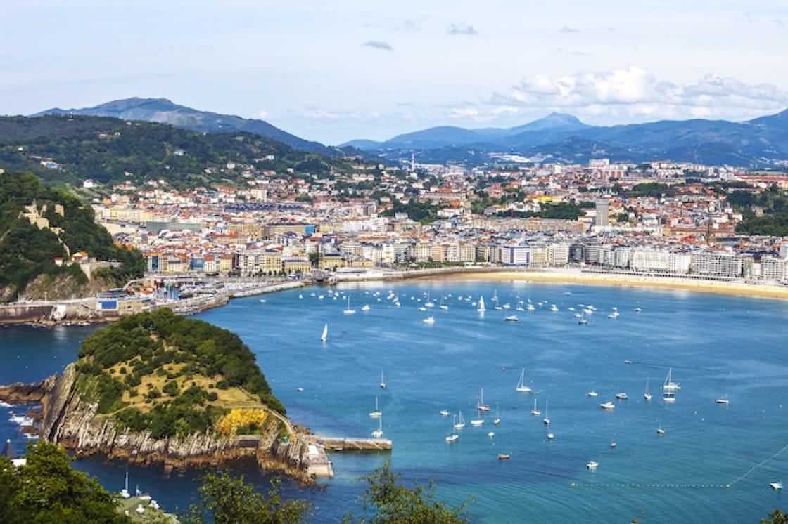 巴斯克海濱小城聖賽巴斯提安(San Sebastián - Donostia)就有兩間米其林三星餐廳。