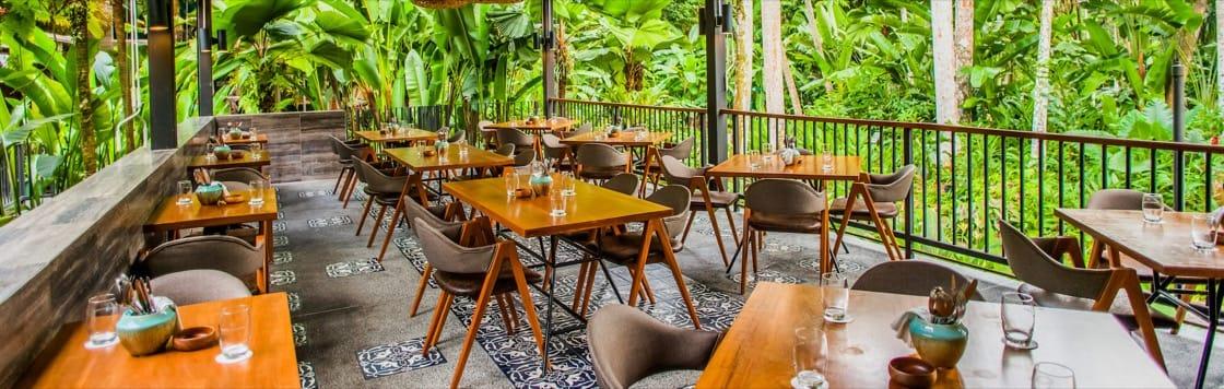 Halal Muis Certified Restaurant Top Halal Restaurants In Singapore For Best Halal Food Award Winning Food Delivered By An Ama Restaurant Halal Recipes Halal
