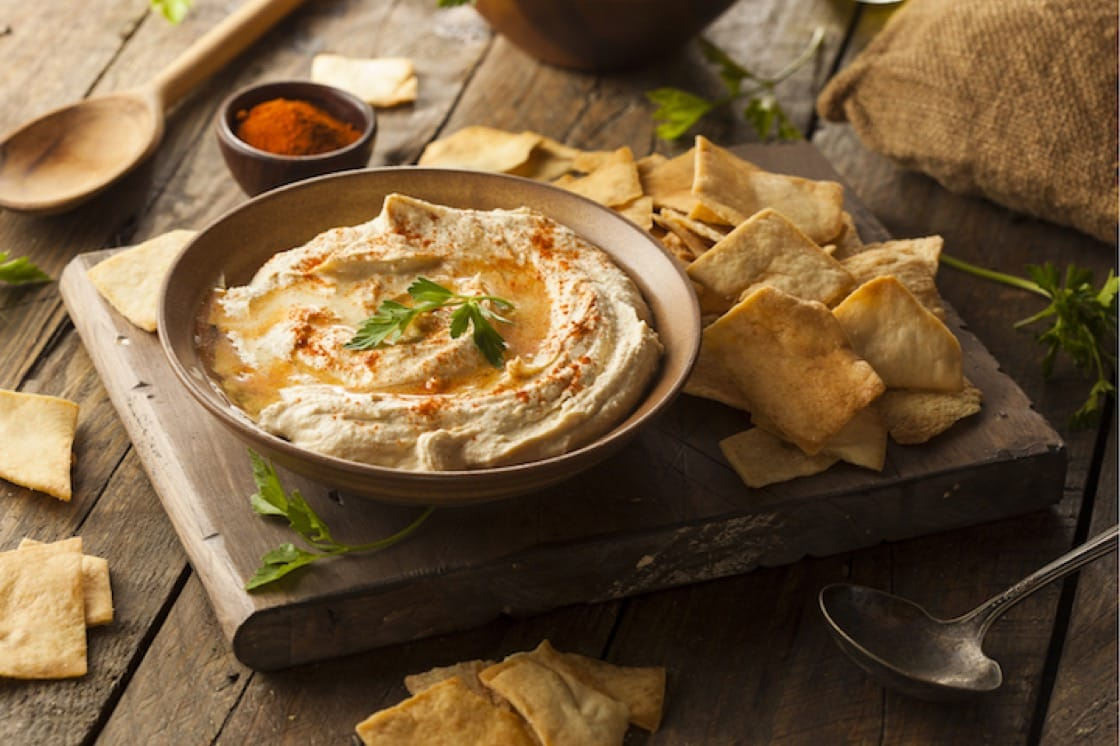 鷹嘴豆泥是中東傳統料理,通常拿來當成配料或蘸料。