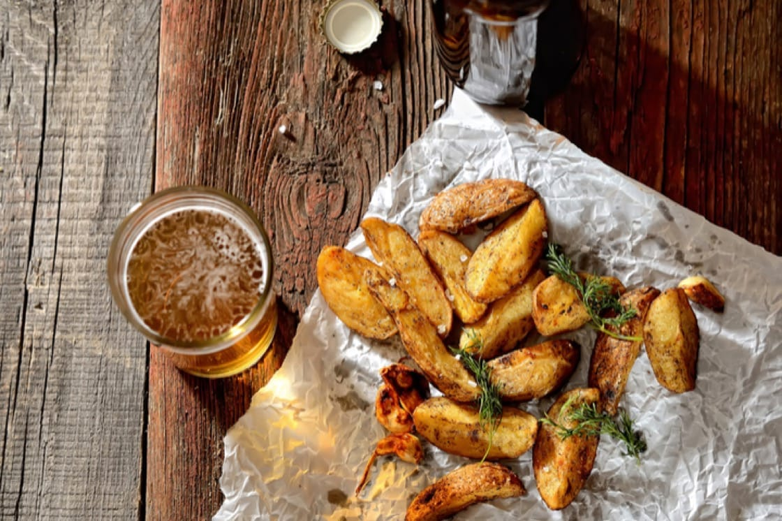 Potatoes with a high starch content fry and roast well into our favourite beer snack