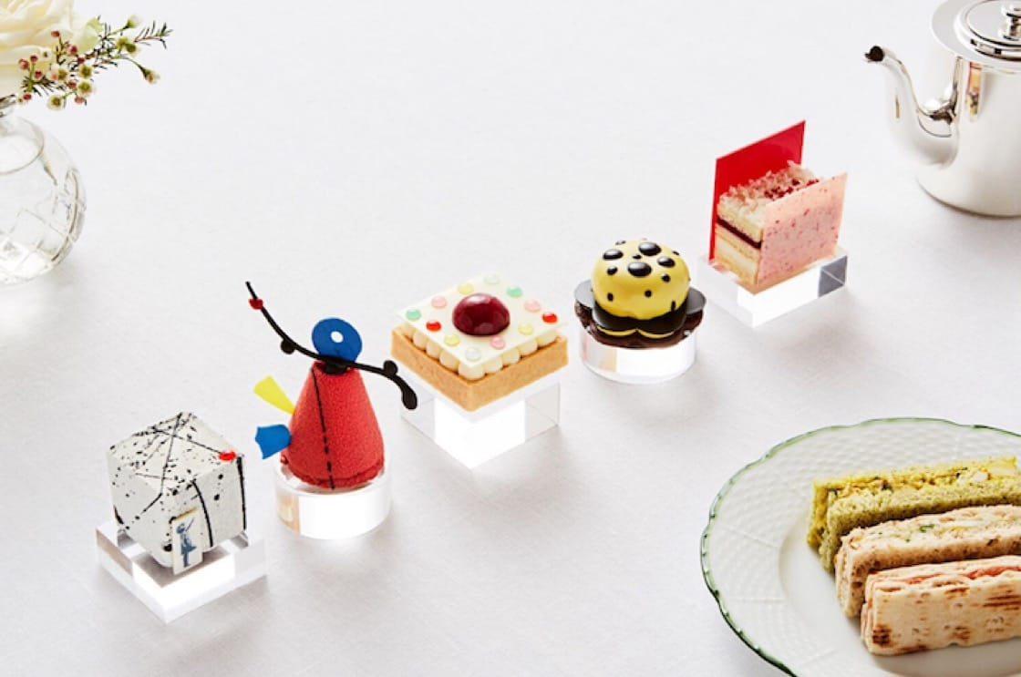 Teatime art-inspired treats at the Rosewood Hotel.