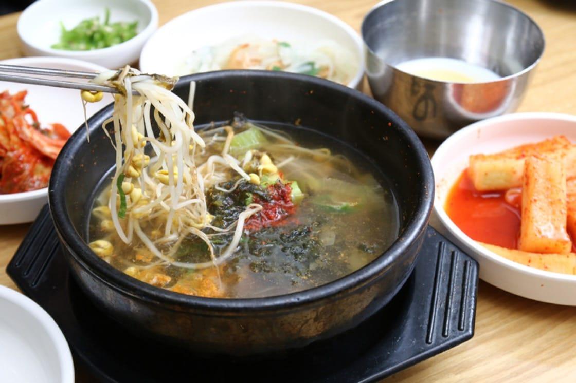 韓國以豆芽湯解宿醉。