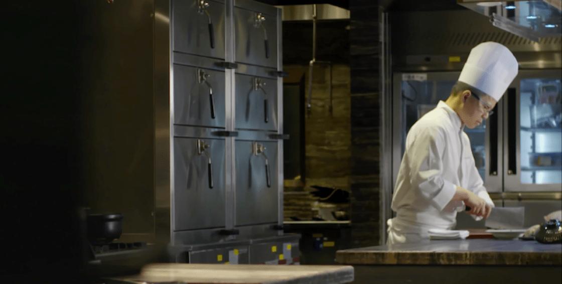 譚國鋒每次煮雞的時候,都會想起一家團圓的窩心感覺。