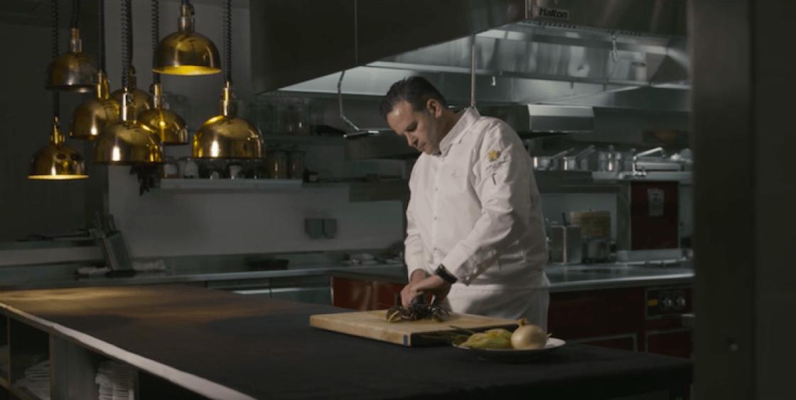 新濠天地御膳房總廚 Fabrice Vulin 對食材的要求非常高。