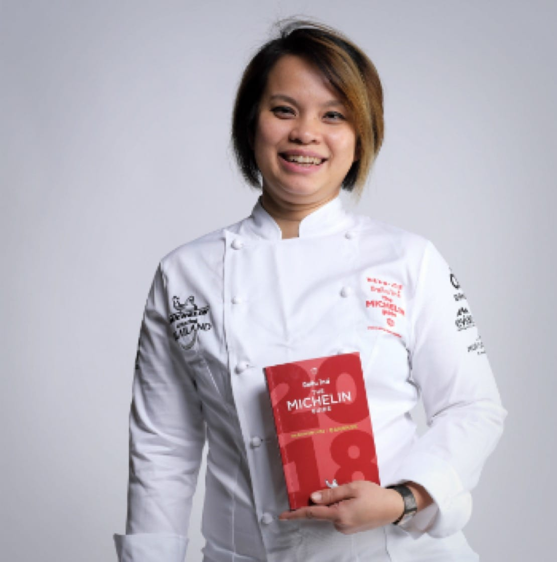 https://d3h1lg3ksw6i6b.cloudfront.net/media/image/2017/12/14/d26b3f6e2b984bd99fe83ee6bb99704c_Chef-Bee-Michelin-Guide-Bangkok.jpg