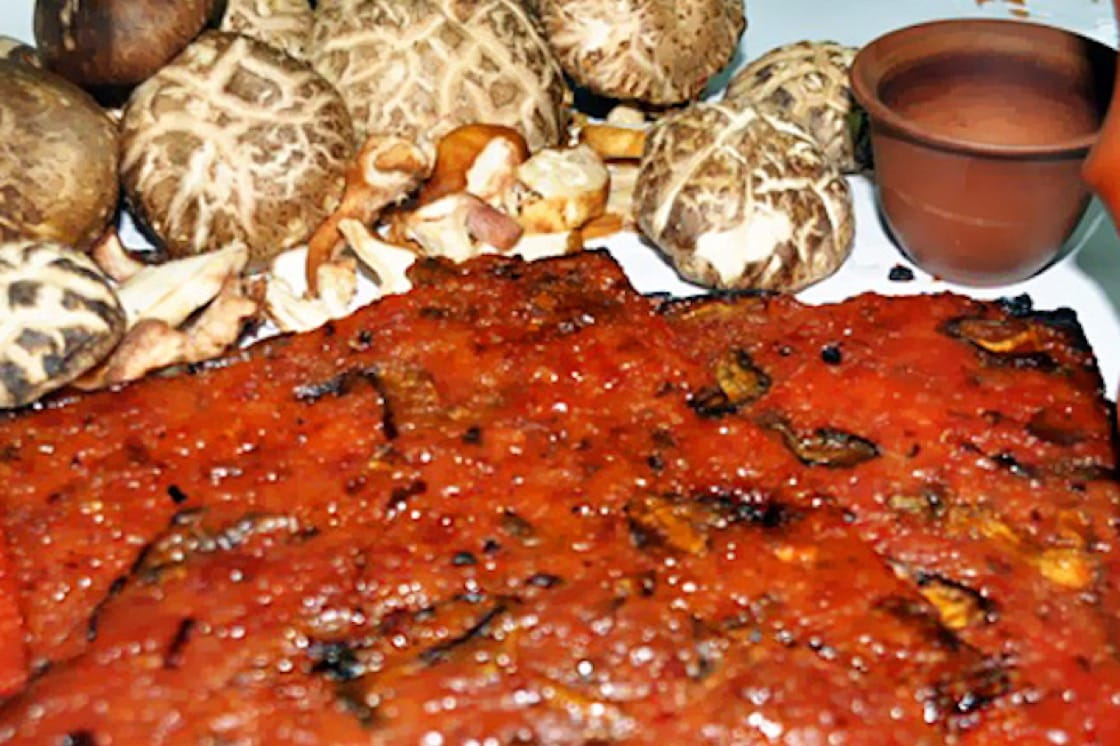 Xi Shi's unusual bak kwa creations incorporate ingredients like organic mushrooms, red yeast rice wine and duck meat.