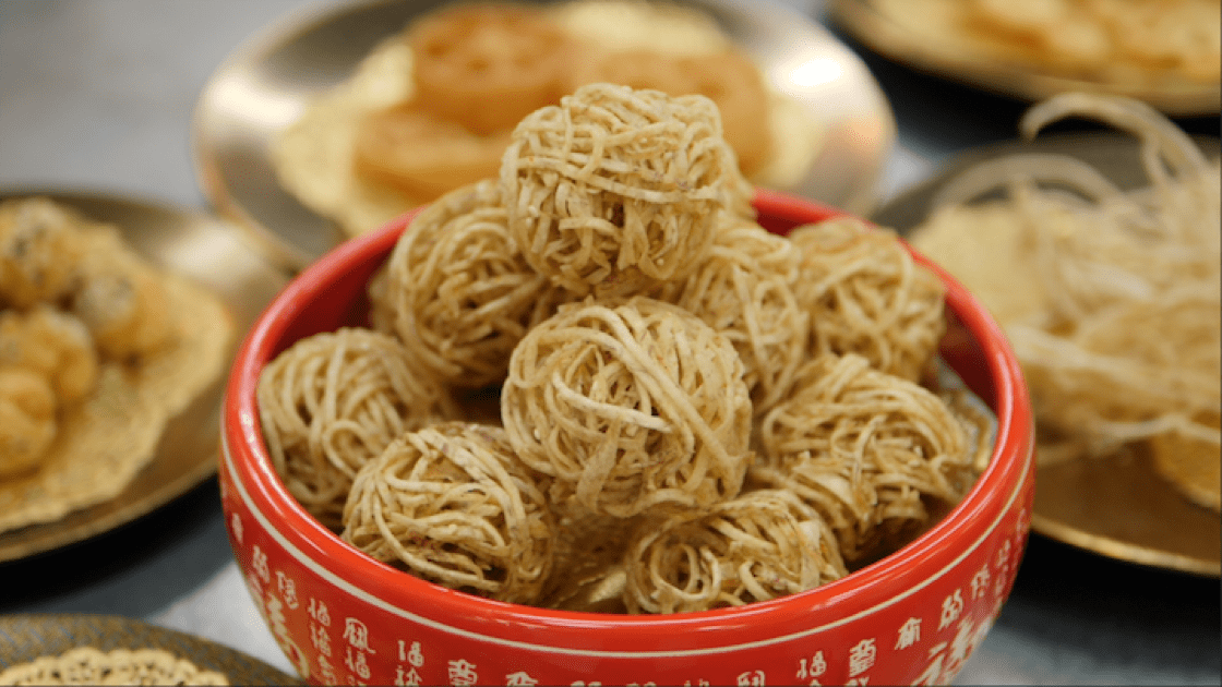 Wu haa is a traditional Chinese New Year snack eaten by the Cantonese and Hakka.