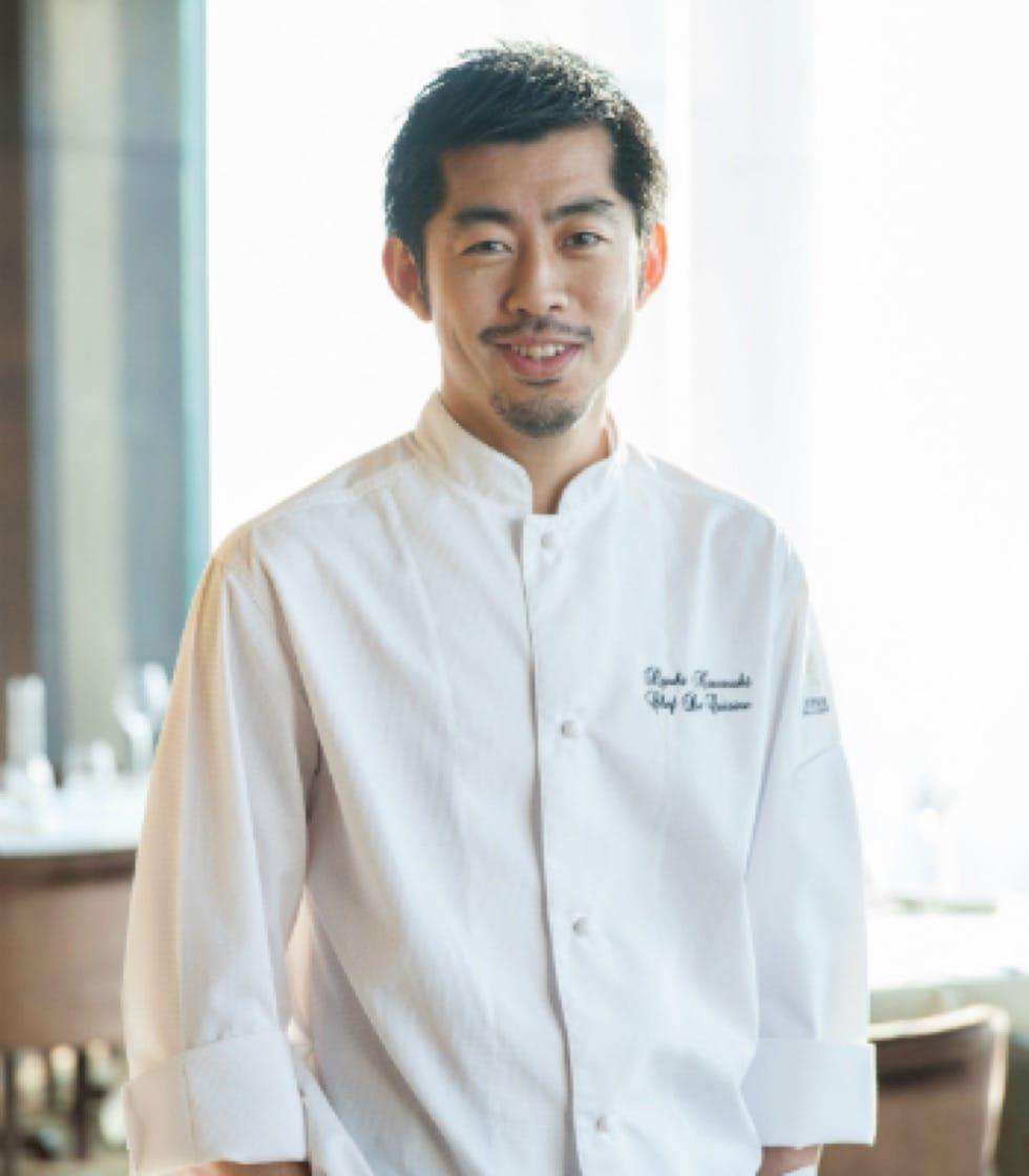 https://d3h1lg3ksw6i6b.cloudfront.net/media/image/2018/02/14/2cdb5d49dd0c4e7bbbb887c331fdc64f_Mezzaluna+-Chef-Ryuki-Kawasaki+1.jpg