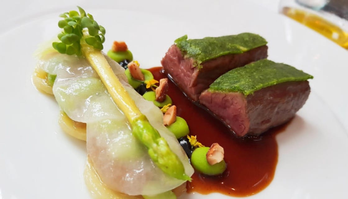 <p><b>   Love at First Bite: </b>    The combination of<b><i>  roasted lamb fillet with confit potato, green asparagus, peas, </b></i>  lardon du colonnatal and lamb sauce is an inspired and winning formula. The lamb is cooked to perfection, yielding a succulent texture, while the remaining ingredients complement the meat with delicate flavors.</p> <p>Savelberg - Oriental Residence Bangkok, Wireless Road, 02-252-8001, Mon-Sat, Lunch 12.00 - 14.30, Dinner 18.00 - 22.00 </p>