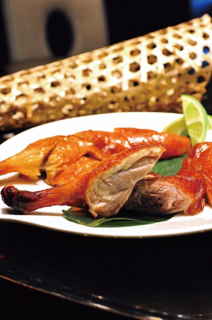 颐宫的招牌菜之一:先知鸭