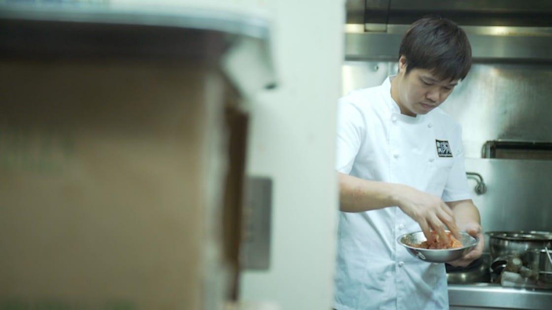 聚興家的總廚吳江橋默默耕耘,練就非常紮實的廚藝。