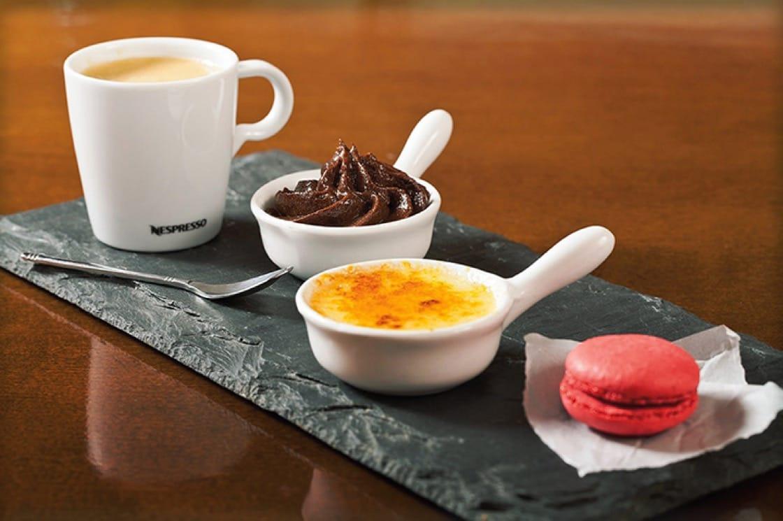 A selection of desserts at Bistrot de Paris. (Photo: Bistrot de Paris.)