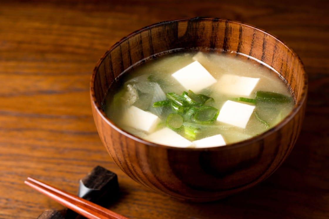 九州麦味噌适合用来做味噌汤。(资料图片)