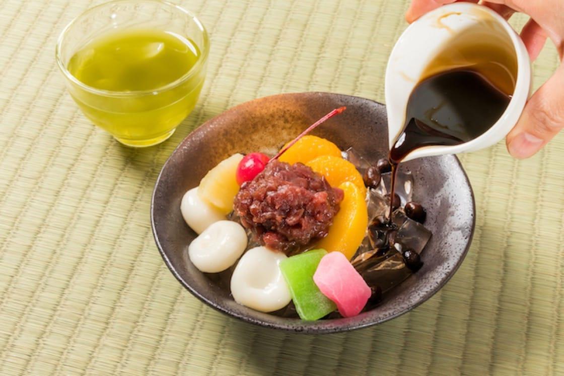 餡蜜:以糖煮過的紅豆或紅豆泥是主角,再配上白玉及其他材料而成。(資料圖片)