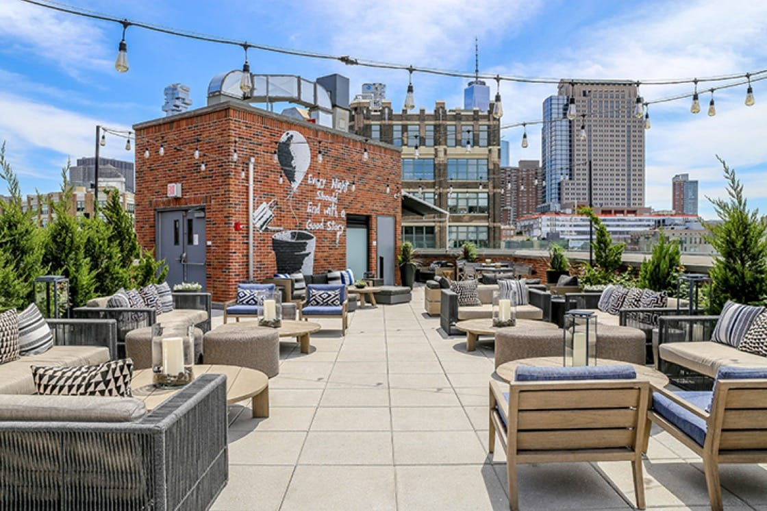 The new rooftop digs atop the Arlo SoHo. (Photo courtesy of Arlo Hotels.)