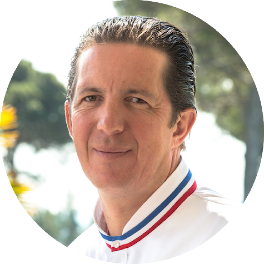 https://d3h1lg3ksw6i6b.cloudfront.net/media/image/2018/06/14/16d2b7efadf9408bb63095d6afe8fe5a_Portrait+Chef+Christophe+Bacquie%CC%81.png