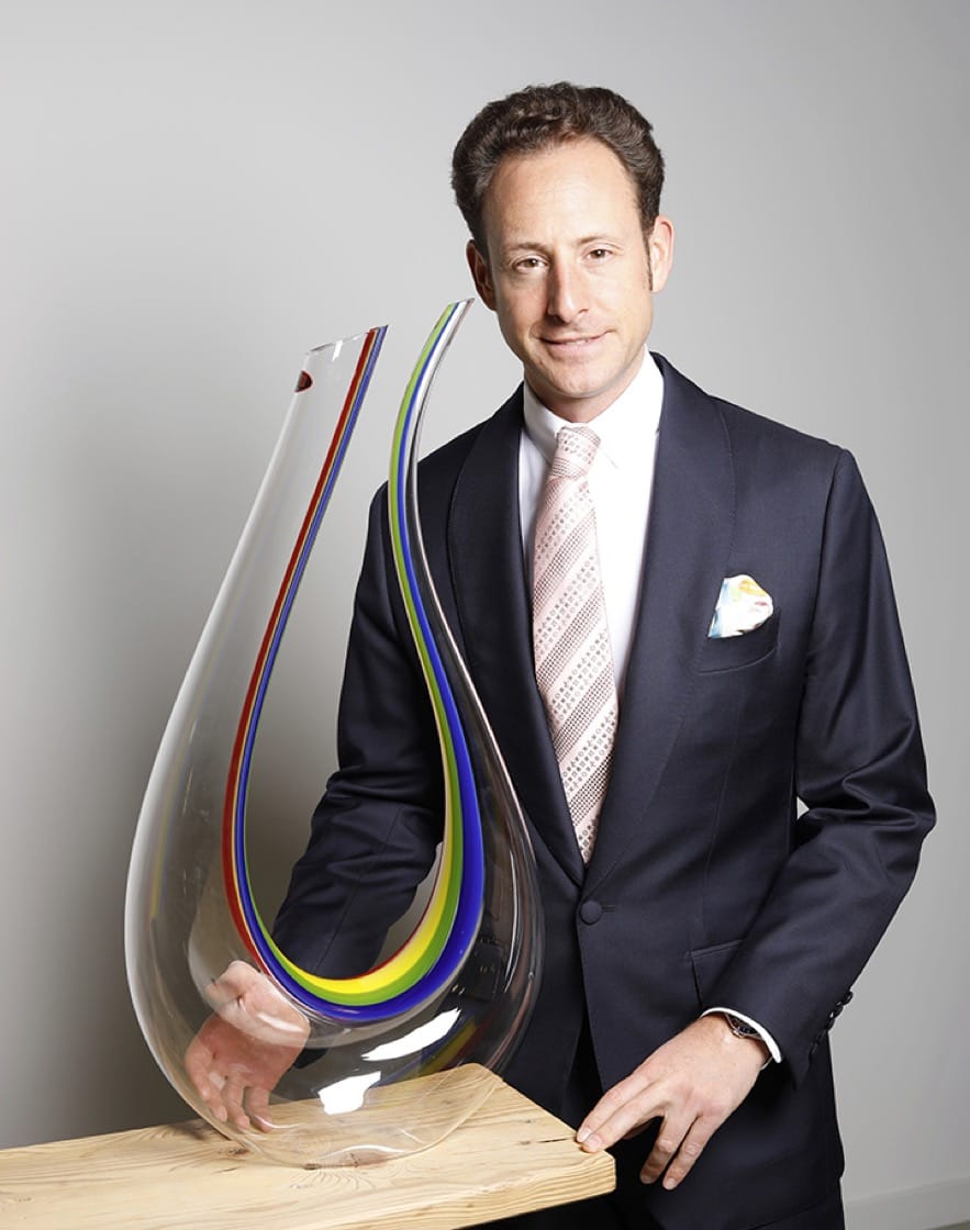 Maximilian Riedel with the Amadeo Double Magnum Rainbow decanter.