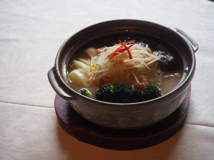 雅閣的雜菜粉絲煲(攝影:陳靜宜)