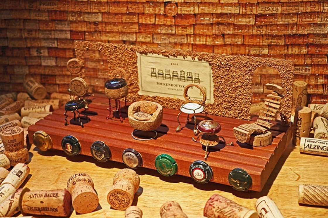 Kubini made miniature figures out of Champagne muselets and corks when he was starting out.