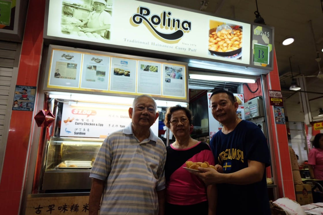 Rolina's Bren Tham (right) and his parents at their 16-year-old stall in Tanjong Pagar Food Centre (Credit: Kenneth Goh)