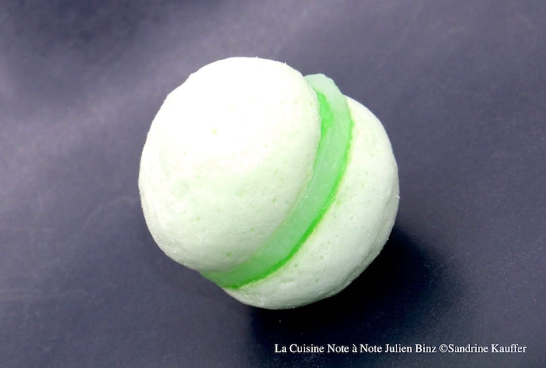 One of Professor This' favourite note-by-note dishes is a green-coloured macaron from Restaurant Julien Binz in Ammerschwihr, France (Credit: Sandrine Binz)