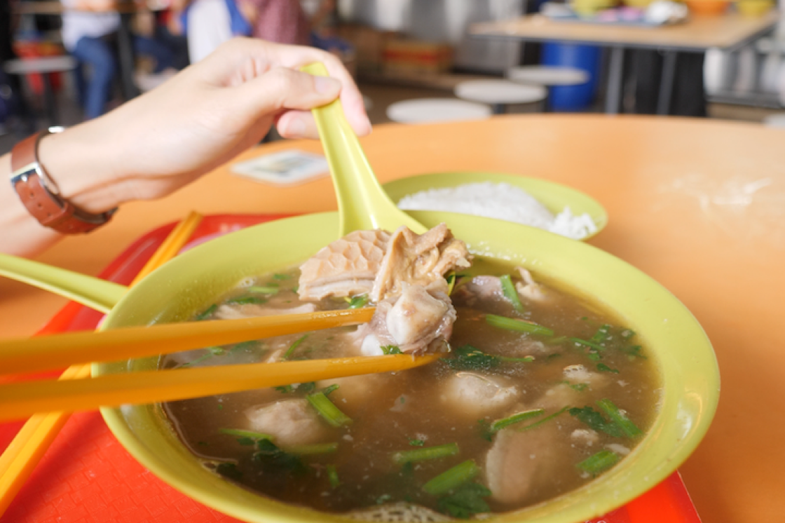 This year's selection includes stalls from several hawker centres in mature housing estates, one of which is Chai Chuan Tou Yang Rou Tang at Bukit Merah View Food Centre which only opens for lunch.