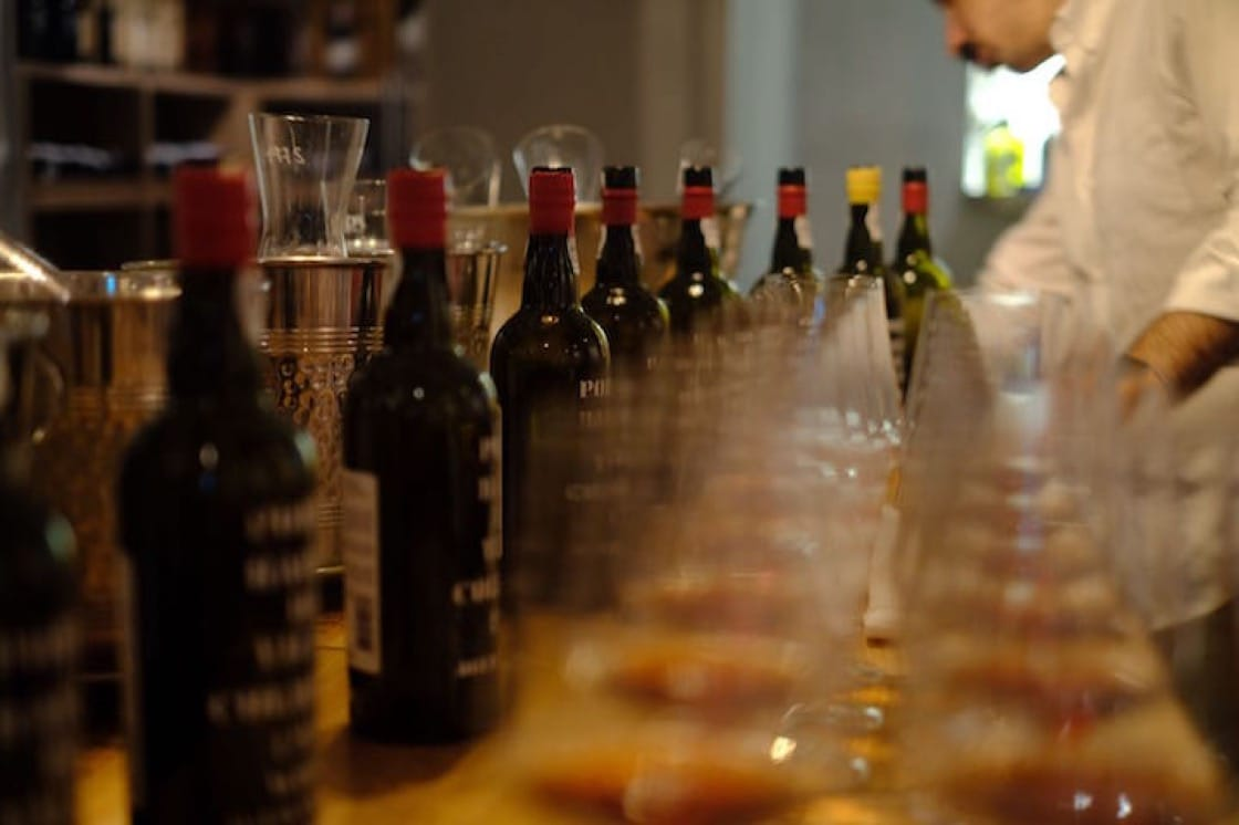 品嘗木桶陳釀砵酒Port Colheita(照片:Ma Cuisine)