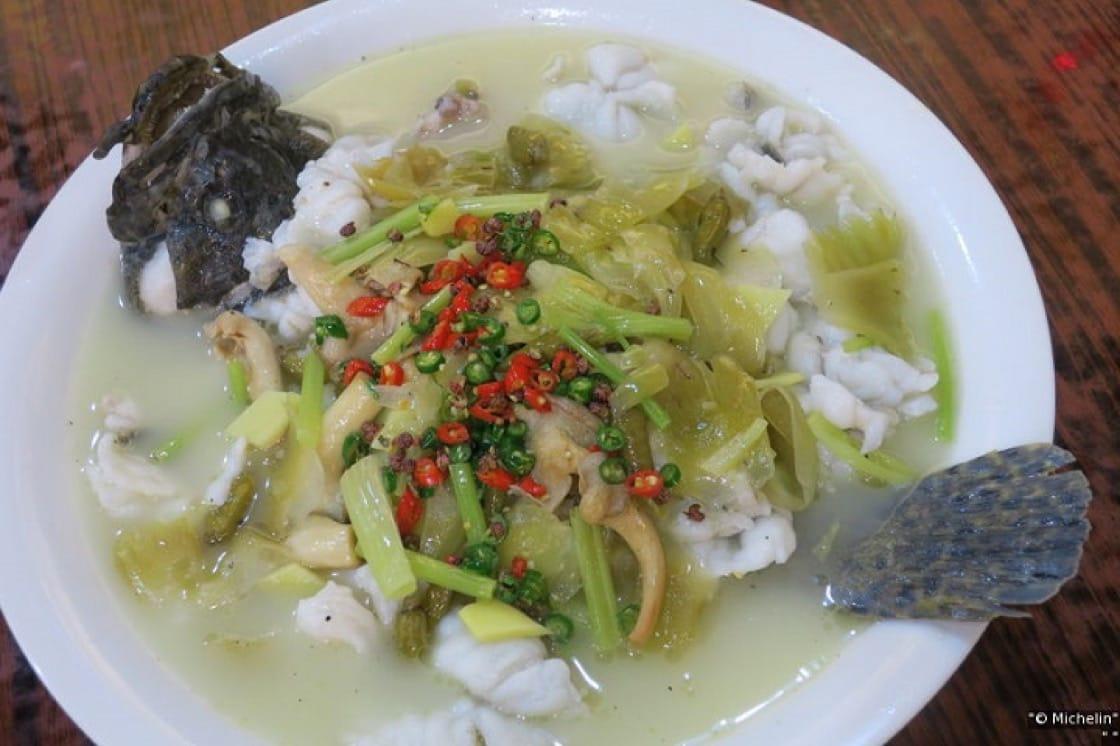 一向主打粵菜的聚興家,近年也加強了辣的菜色。