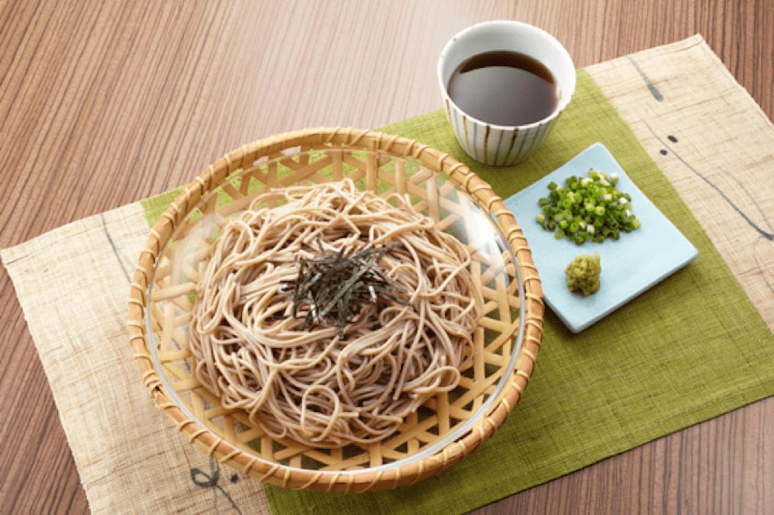 Soba是日本的蕎麥麵條,冷熱兩吃。(圖片來源:Shutterstock)