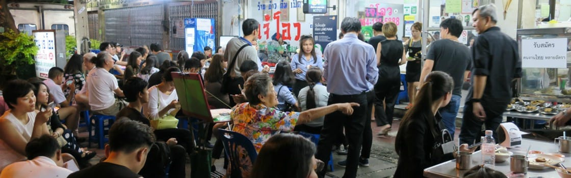 Restaurants with the Longest Waitlists and Queues in Bangkok on