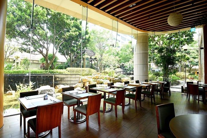 美麗信酒店擁有都市飯店少見的戶外綠地,讓旅客感受靜謐。(圖片:業者提供)