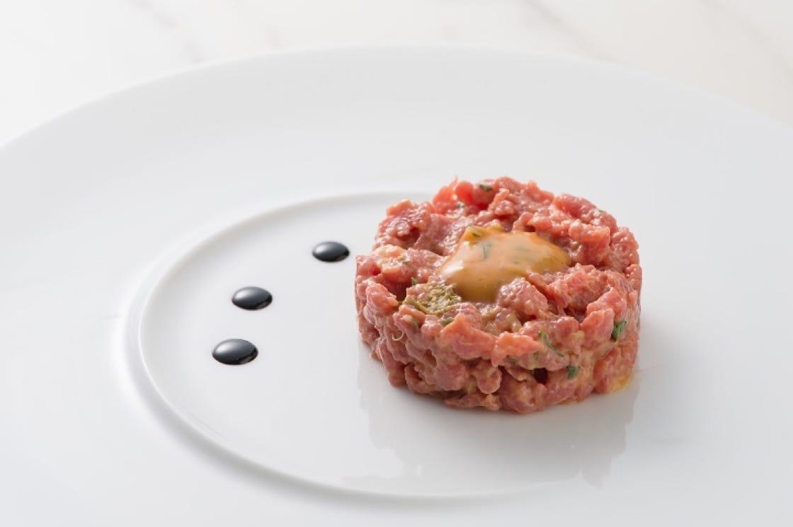 傳統生牛肉他他,是 beefbar 招牌菜式。(圖片來源:beefbar)