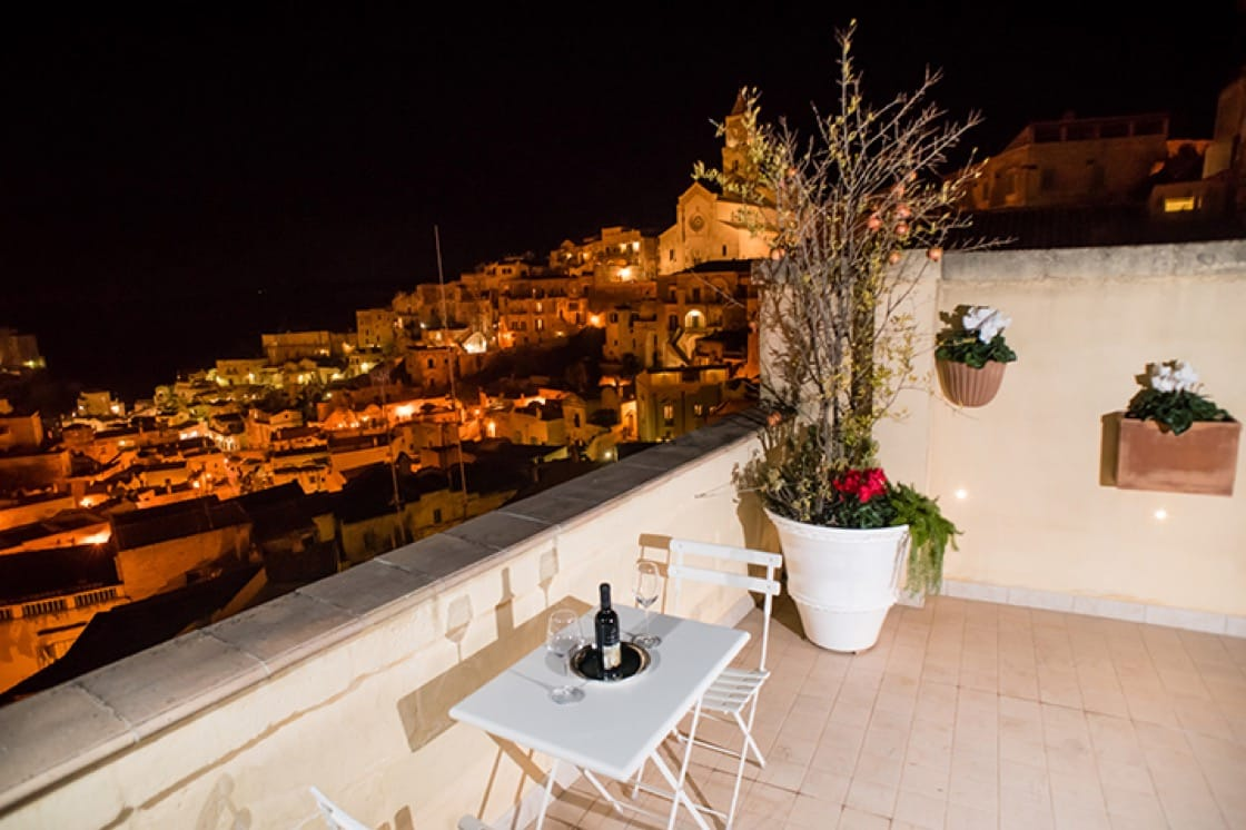 Boasting gorgeous views, chef Accornero recommends staying at L'Incanto. (Photo courtesy of L'Incanto's website.)