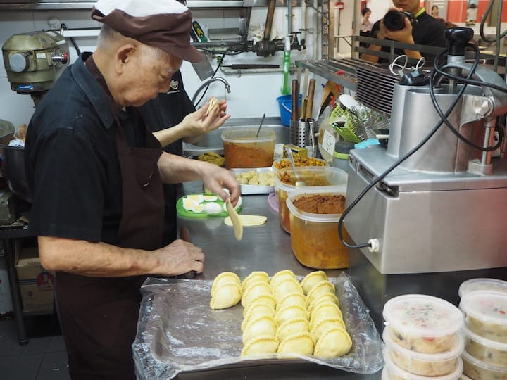 Tham Niap Tong, who is in his 70s, ran his Tanjong Pagar stall by himself until a few years ago.  (Credit: Kenneth Goh)