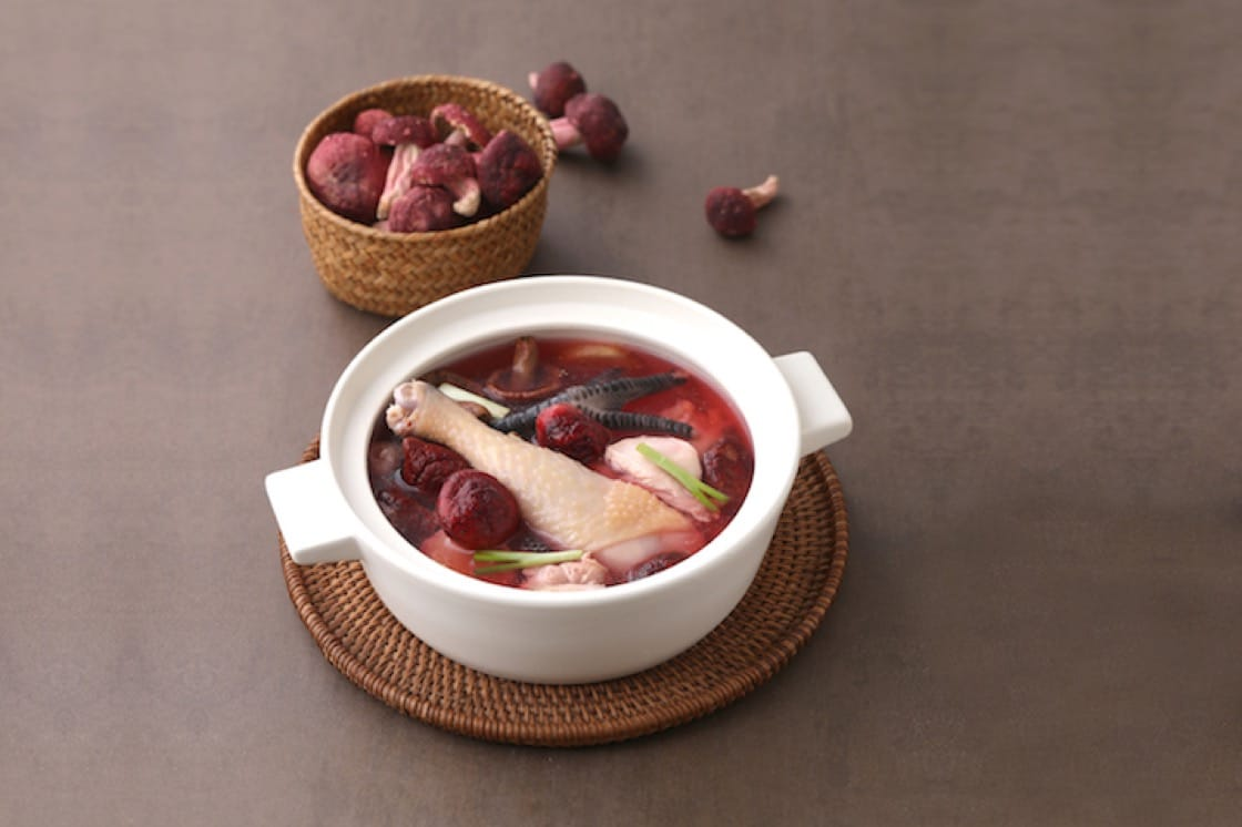 Double-boiled Chicken Soup with Red Mushroom (Pic: PUTIEN)