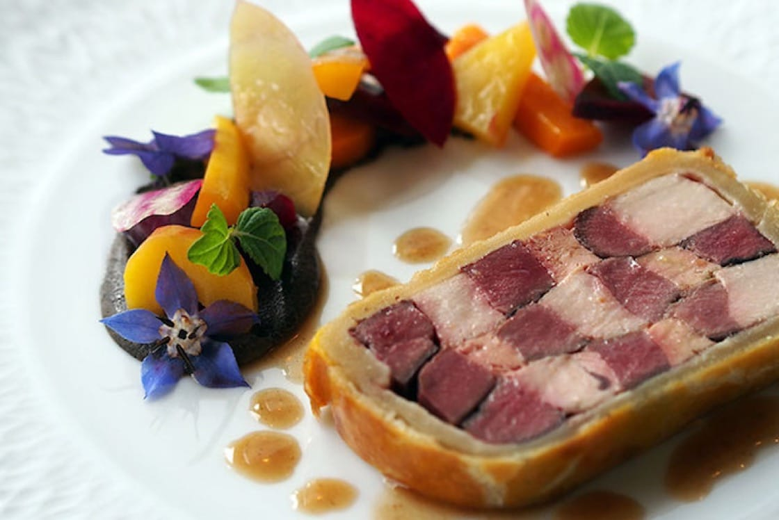 Mallard, hen pheasant and wood pigeon in pastry. (Photo courtesy of Le39V.)