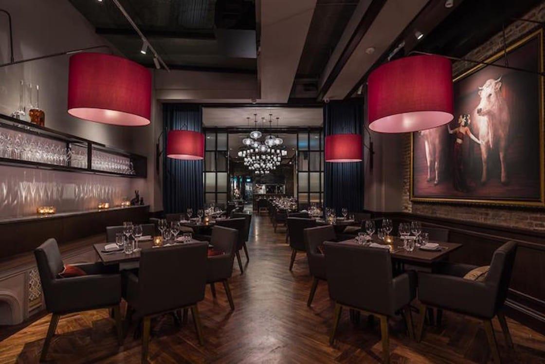 改造後的Bistecca Tuscan Steakhouse 內部(圖片來源:Bistecca Tuscan牛扒餐廳)