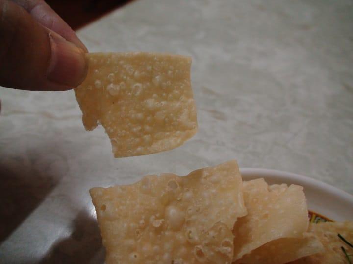 南乳薄脆呈欖形而薄小,增添香脆。(圖片:孟惠良)