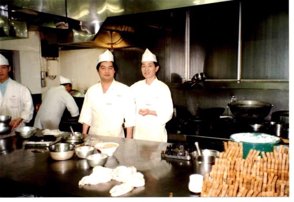 到日本工作的梁輝雄(照片攝於1992年)。