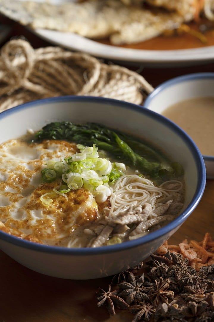 凱菲屋的台菜饗宴推出外島風味的「馬祖老酒蛋麵線」。(照片:君悅酒店提供)
