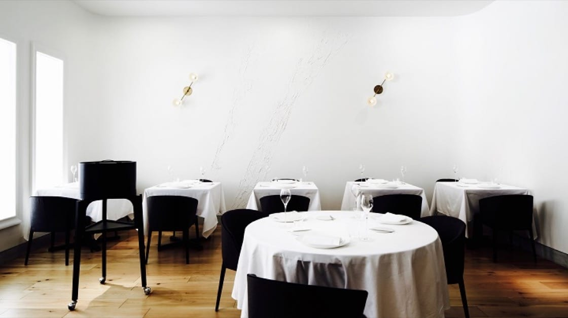 The dining space of La Cime has an air of Scandinavian minimalism. (Pic: La Cime)