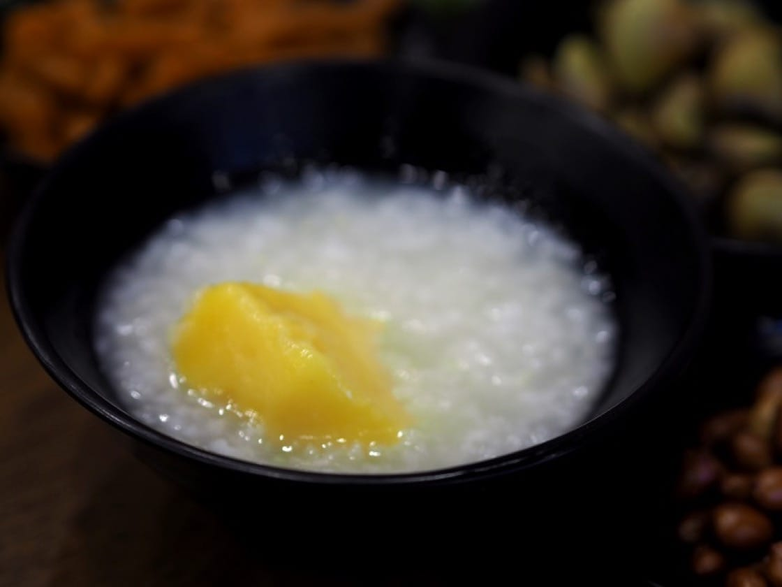 Sweet potato was often added to make the congee more substantial. In preparing this dish, yellow sweet potato is a better choice than the red variety.