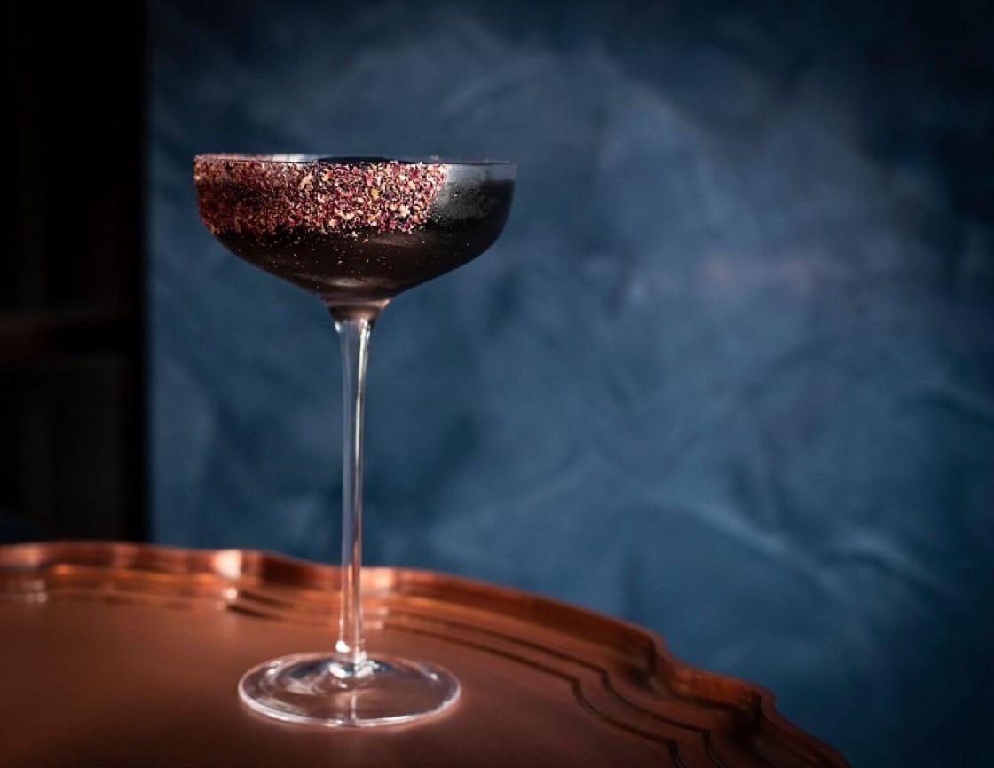 The Dispensary提供一系列融入大館故事主題的雞尾酒,此為「「Brave Burlingham」,是以百年前開槍殺虎的傳奇警官  Burlingham 為名。